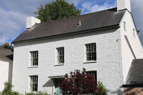 Pontithel House